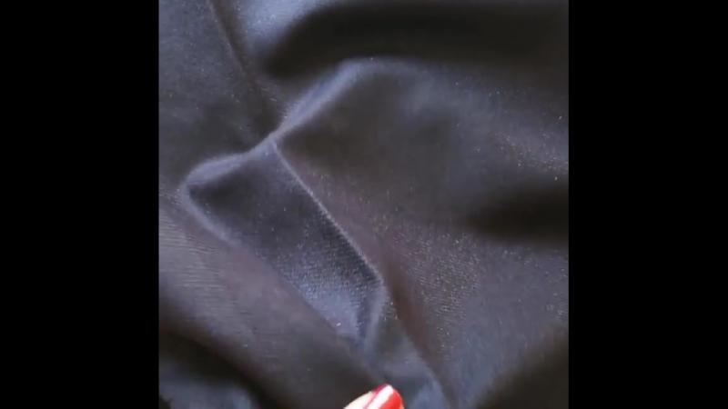 Loro Piana💣 .  Небольшой отрез теплой кашемировой костюмки.  Цвет темно- синий, качество крутое .  Отрез 1.50 * 0.8 м Цена отре