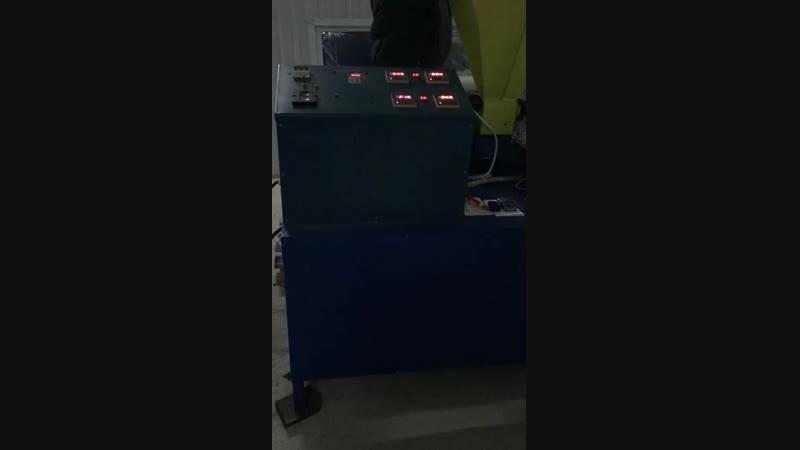 Установка для производства синтетического волокна УПВ 200 и формообразовательная установка ПО 250