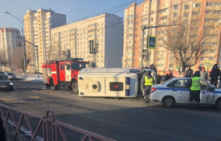 В Ярославле найден водитель, скрывшийся после ДТП со скорой помощью на проспекте Фрунзе
