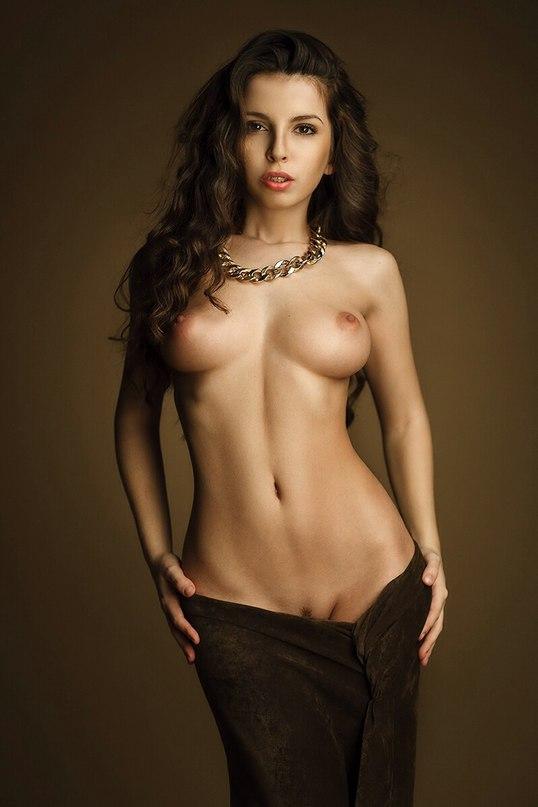 Pretty Czech model Sylvie gaping