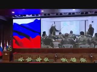 Российские специалисты проводят занятия с сирийскими военными по использованию современных средств ПВО