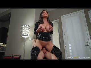 Big Bad MILF http www vidz72 com