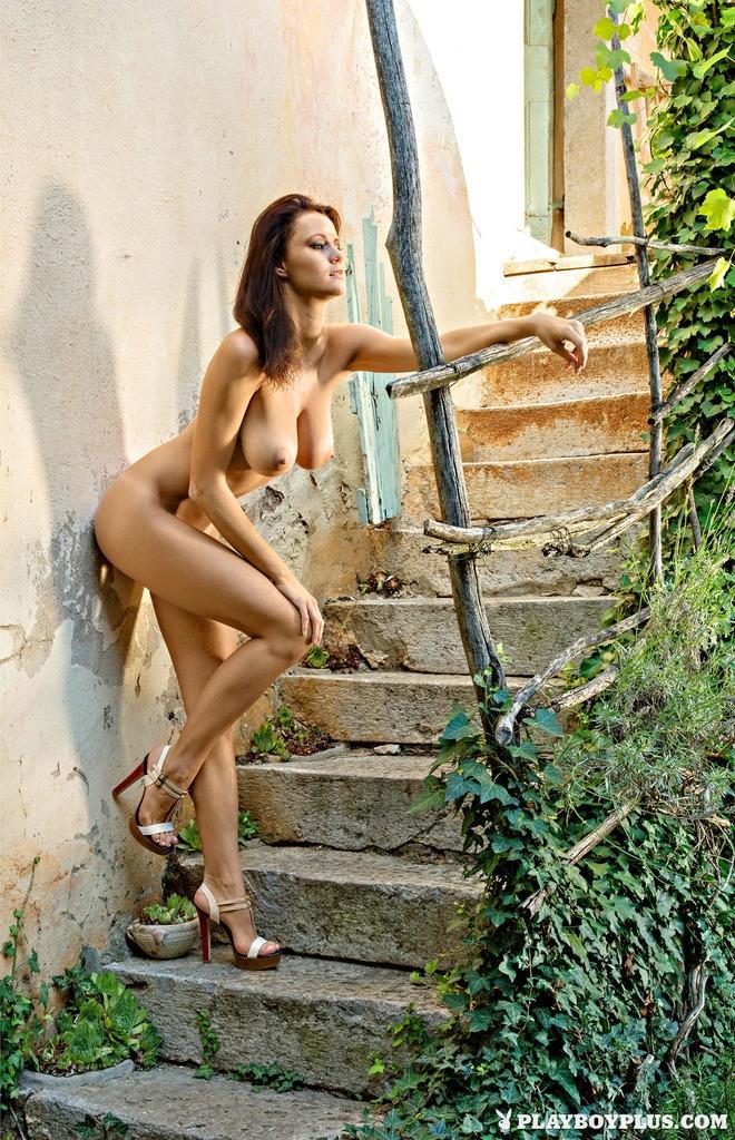 Sexy female sex nude