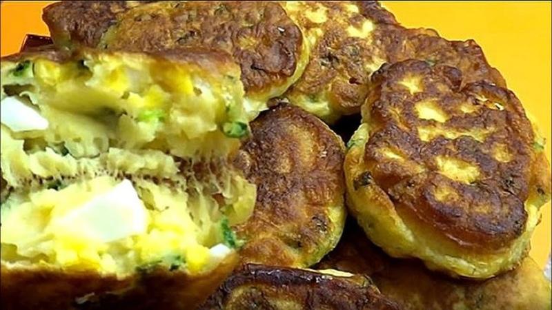 Самые ленивые и быстрые пирожки. Или оладьи с яйцом и луком.