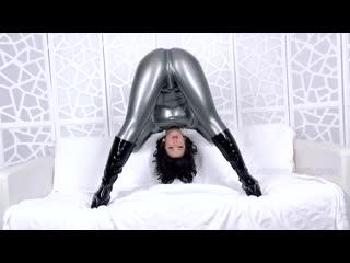 Ll-latex ass worship joi cum countdown - sex movies featuring larkin