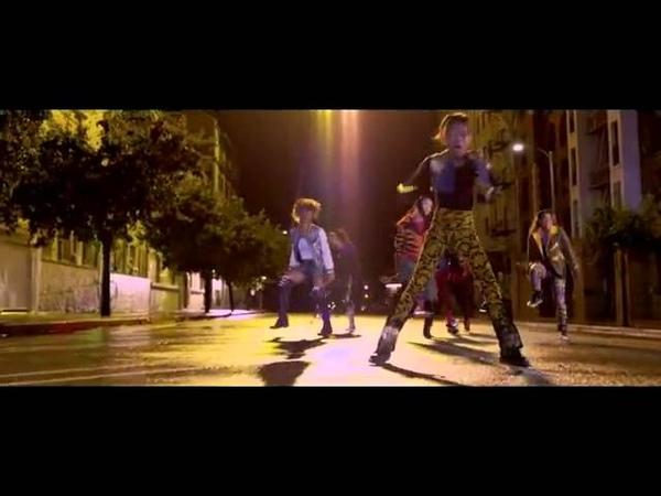 Willow Smith ft. Nicki Minaj - Fireball official video