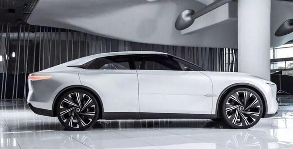 Infiniti представила новый спортивный седан. Компания Infiniti рассекретила концептуальный спортивный седан под названием Qs Inspiration. Публичная премьера новинки состоится в середине апреля