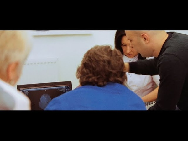 Фильм Консилиум о работе команды врачей с пациентом с диагнозом глиобластома.