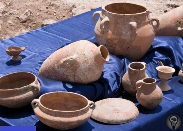 Израильские археологи нашли руины 3000-летнего дворца царя Давида Руины дворца царя Давида, о котором говорится в Библии, найдены во время раскопок в 30 километрах от Иерусалима. Об этом