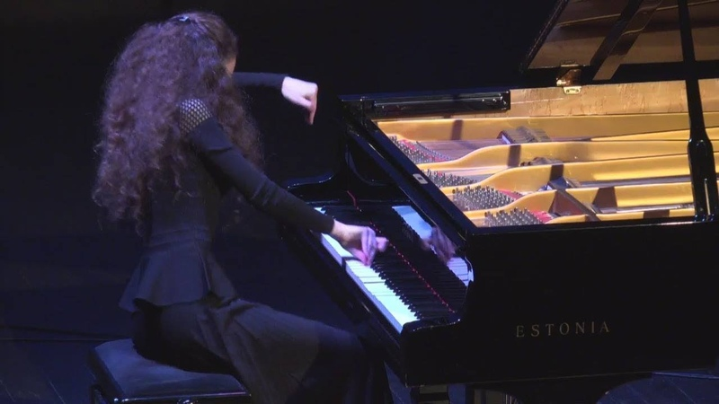Olivier Messiaen 'Vingt Regards sur l'Enfant Jésus' Alisa Dukhovlinova