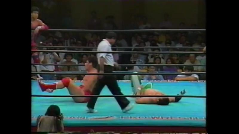1993.08.31 - Akira Taue/Yoshinari Ogawa vs. Mitsuharu Misawa/Satoru Asako [JIP]