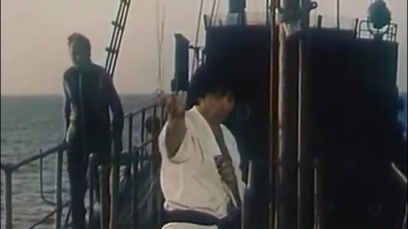 Талгат Нигматуллин в сцене из фильма Право на выстрел (1984)