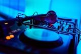 Ваня Чебанов - Танцуй DJ Izmat Reggaeton Mix