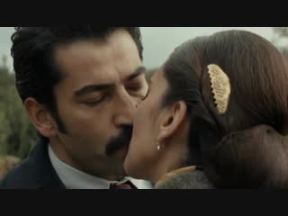Первый поцелуй.Karadayi.Mahir and Feride