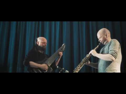 The-Un-Merry-Go-Round (Allan Holdsworth), d-pedal part, duet version by Ritchiesse brothers