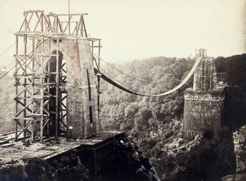Мост-здание Уильяма Бриджеса