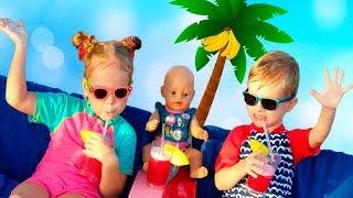 Лера Марк и Кукла Беби Бон Эмили на каникулах. Видео для детей