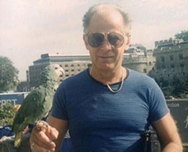 В американской тюрьме убит знаменитый гангстер из фильма Черная месса В американской тюрьме убит знаменитый бостонский ганстер Джеймс Уайти Балджер, биографии которого был посвящен фильм