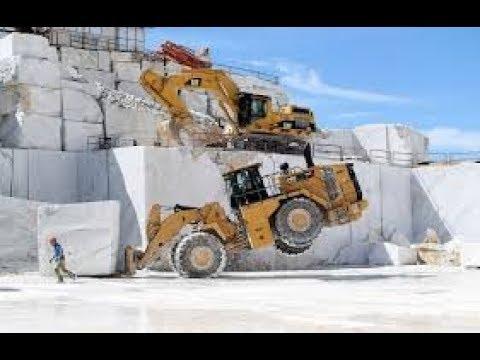 Заготовка весом в 100 тонн. Мраморный карьер в Испании.