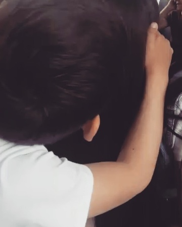 """M A L D U R A L I O N A on Instagram: """"❤️🤦🏻♀️дети малыши любовь морковь❤️ однакровь мальчик любимыйkids love beauty mom sun"""""""