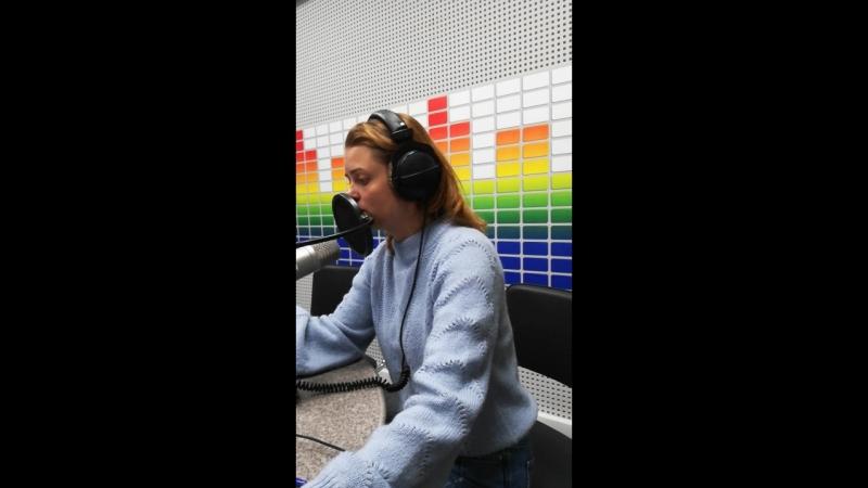 Новости на радио Крым читает Светлана