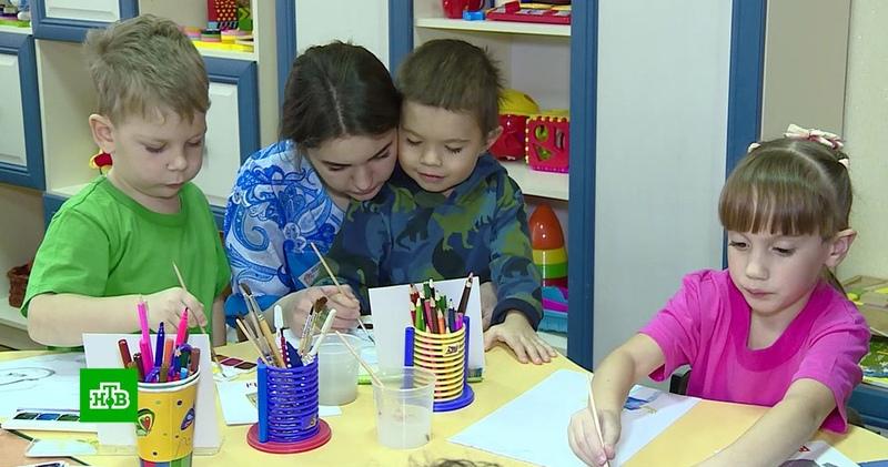 В Горловке центр для реабилитации детей инвалидов работает под обстрелами