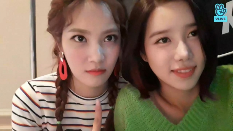 [V LIVE] Berrygood(베리굿)- 클라렌 렌즈 광고 촬영중!!