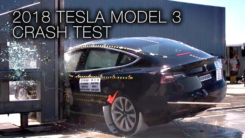 Tesla Model 3 (2018) Side Pole Crash Test
