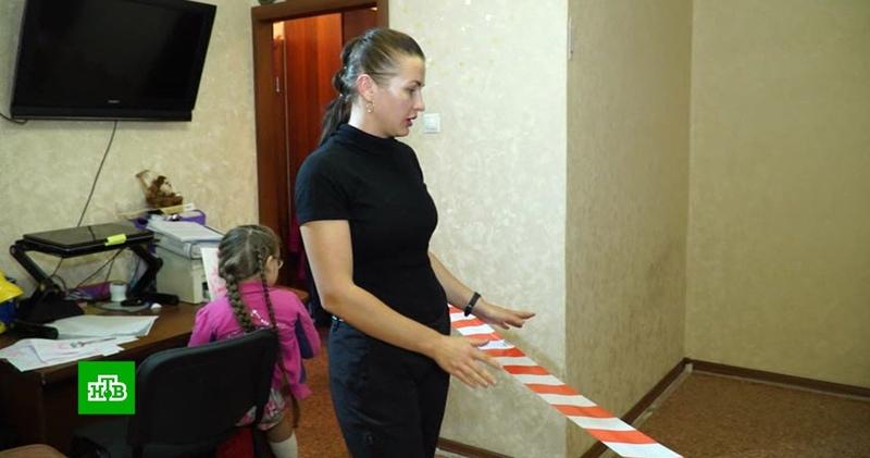 Житель Барнаула вынудил бывшую жену превратить квартиру в пограничную зону