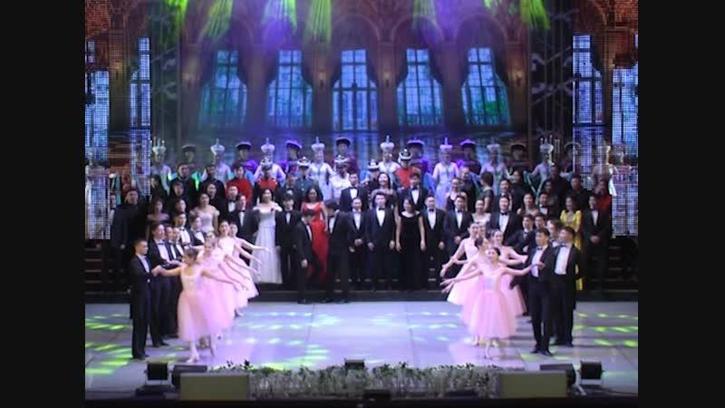 Лучшие коллективы Бурятии одной сцене: Как прошло открытие года театра в Улан-Удэ