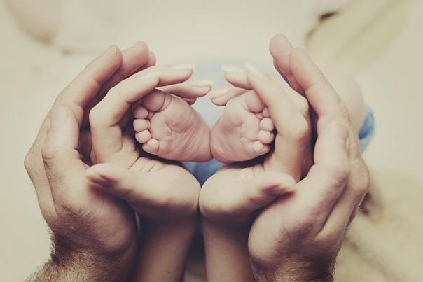 Кто смог принять своих родителей, таких, какие они есть, тот в ладу с собой, ощущает себя целым и обладает полнотой силы обоих родителей.