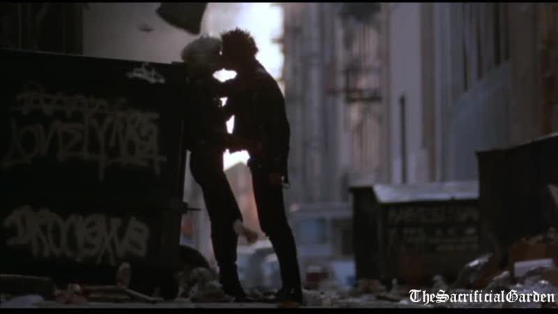 Sid and Nancy The Kiss