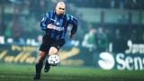 Ronaldo Luiz Nazario De Lima  Dribble Skills &amp RunsSprint Top 30 Goals