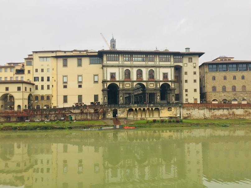 Приключения во Флоренции. Вид на Галерею Ульфицци