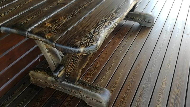 Стол из массива лиственницы