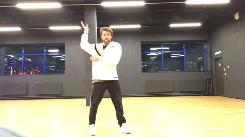 Потанцевать в своё удовольствие, Бесценно)
