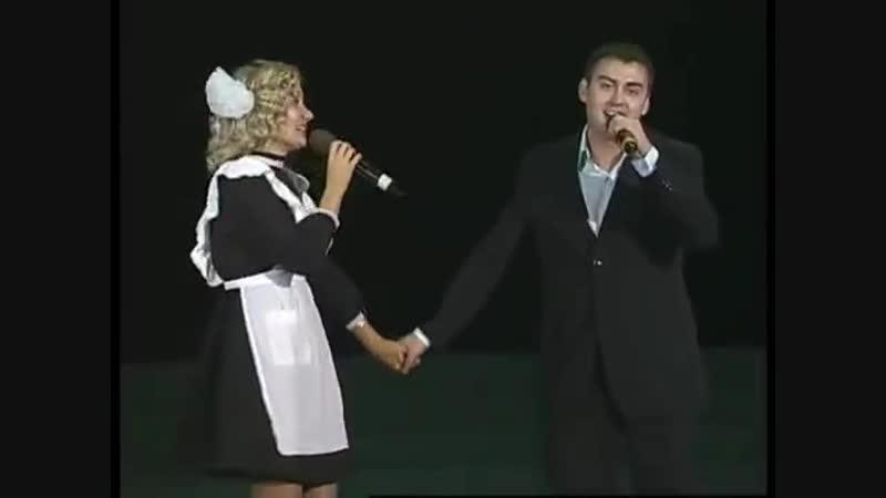 Айгөл Бариева hәм Зиннур - Классташ