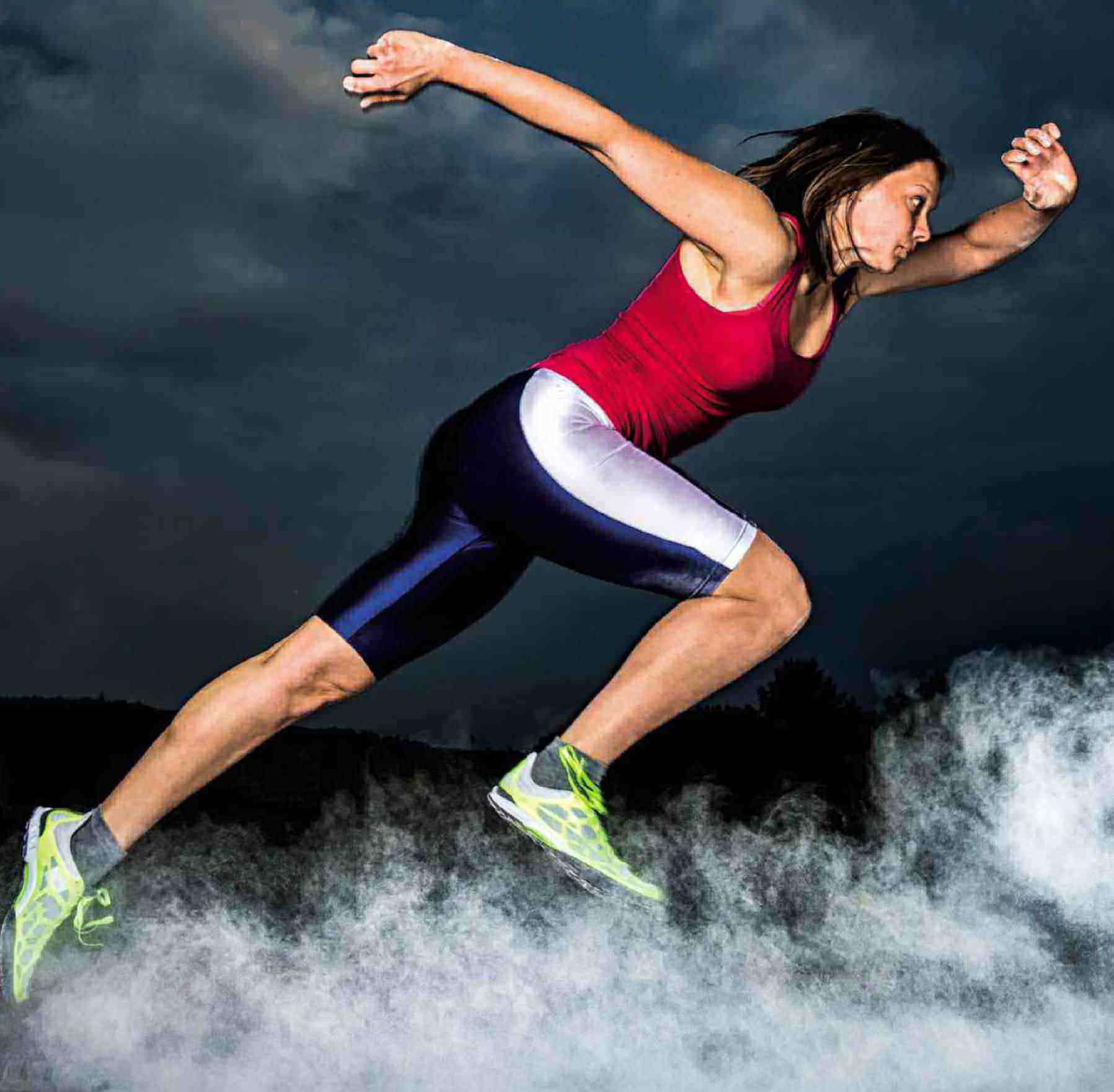 Беговые травмы часто включают травму колена и лодыжки.