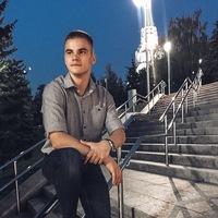 Влад Усачёв