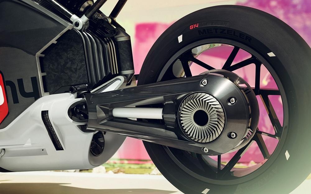 Концепт электроцикла BMW Vision DC Roadster