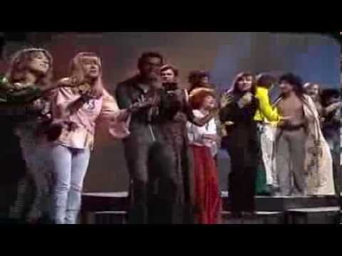 Les Humphries Singers - Carnival 1973