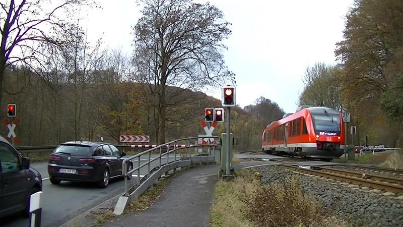 Spoorwegovergang Meschede (D) Railroad crossing Bahnübergang
