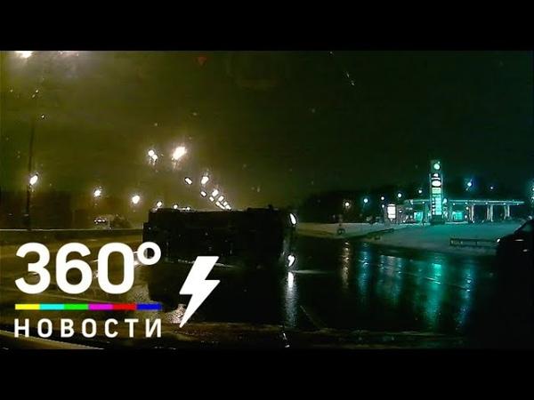 Таксист протаранил скорую помощь в Москве