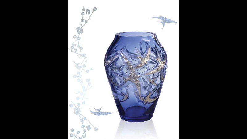 Hirondelles grand vase Sapphire blue platinum stamped Limited edition of 130 pieces Lalique