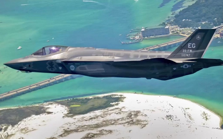 F35 How Lockheed Martin Swindles Taxpayers BRAVE NEW FILMS