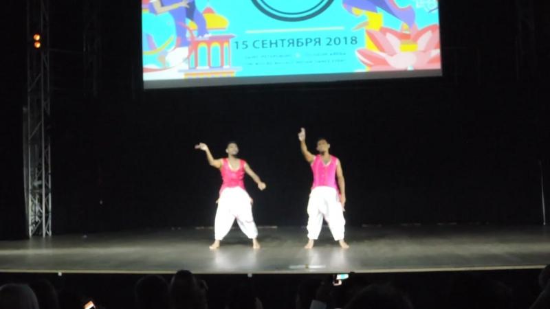 Salsa Twins на Гала-концерте WIDC 15.09.18г.