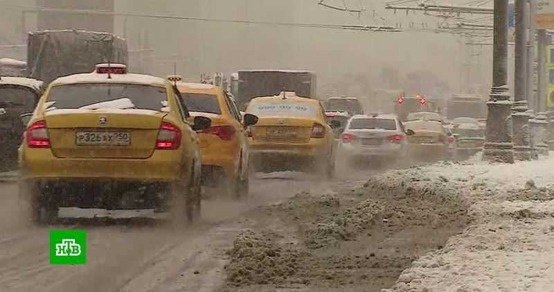 Снежный коллапс в Москве что творится на улицах столицы