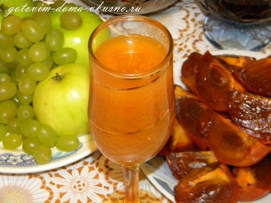 домашнее вино из ягод облепихи сегодня поделюсь рецептом облепихового вина. вы даже не представляете, какое это вкусное полусладкое вино ))) красивого оранжево-жёлтого цвета напиток с особенным