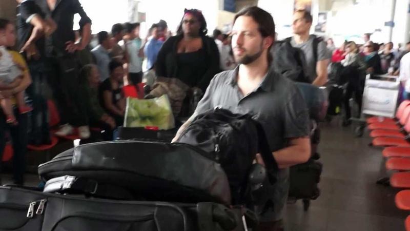 Adam Lambert đến Việt Nam (cận cảnh)