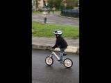 Кирилл, 3 года. Трюк